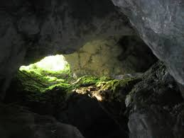 Red Stone Cave